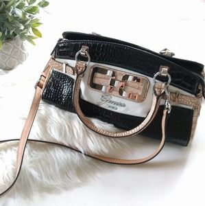 {Guess} black shoulder handbag